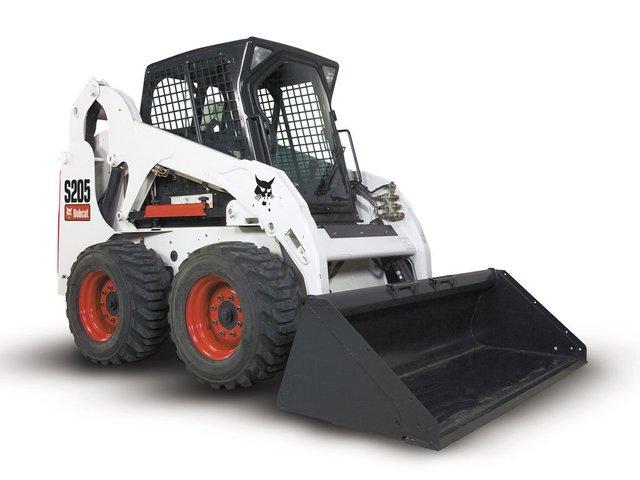 Аренда мини-погрузчика Bobcat - универсальное решение задач ЖКУ и строительных компаний